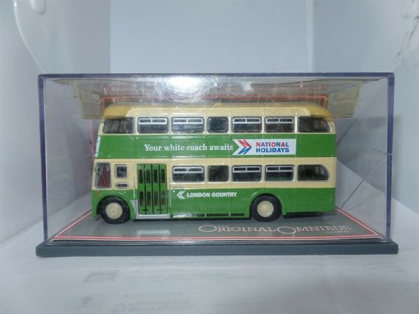 Corgi OOC 41905 Leyland PD3 QM Bus London Country MIMB